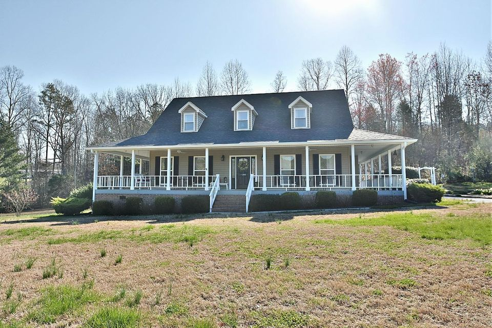 Single Family Home for Sale at 482 County Rd 181 482 County Rd 181 Decatur, Tennessee 37322 United States