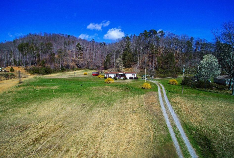 Single Family Home for Sale at 146 Harness Hollow Lane 146 Harness Hollow Lane Briceville, Tennessee 37710 United States