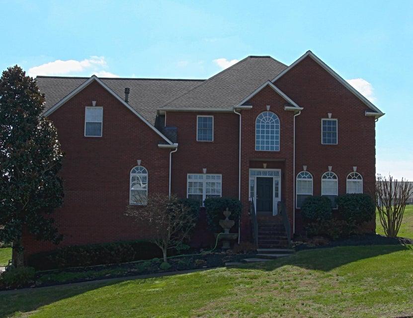 独户住宅 为 销售 在 7927 Cedar Stone Lane 7927 Cedar Stone Lane Powell, 田纳西州 37849 美国