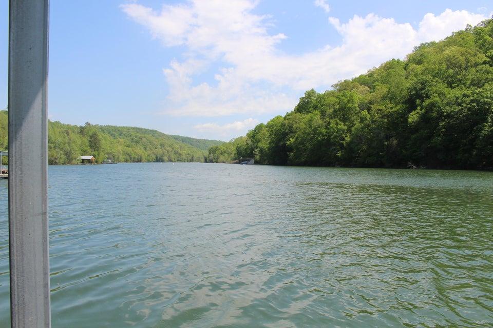 115 Flat Lake Circle: