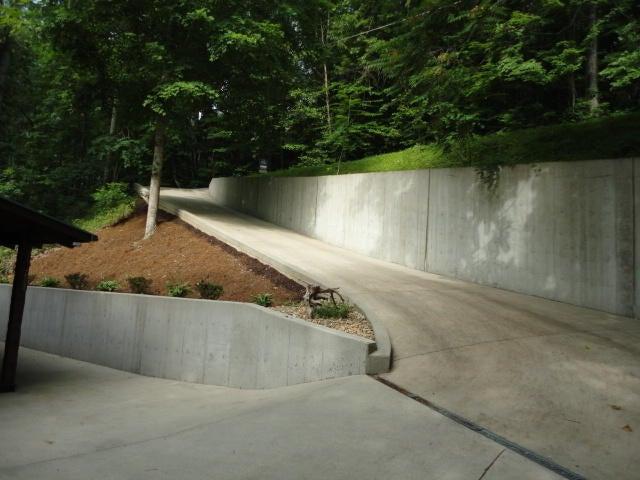 206 Hiawatha Lane: