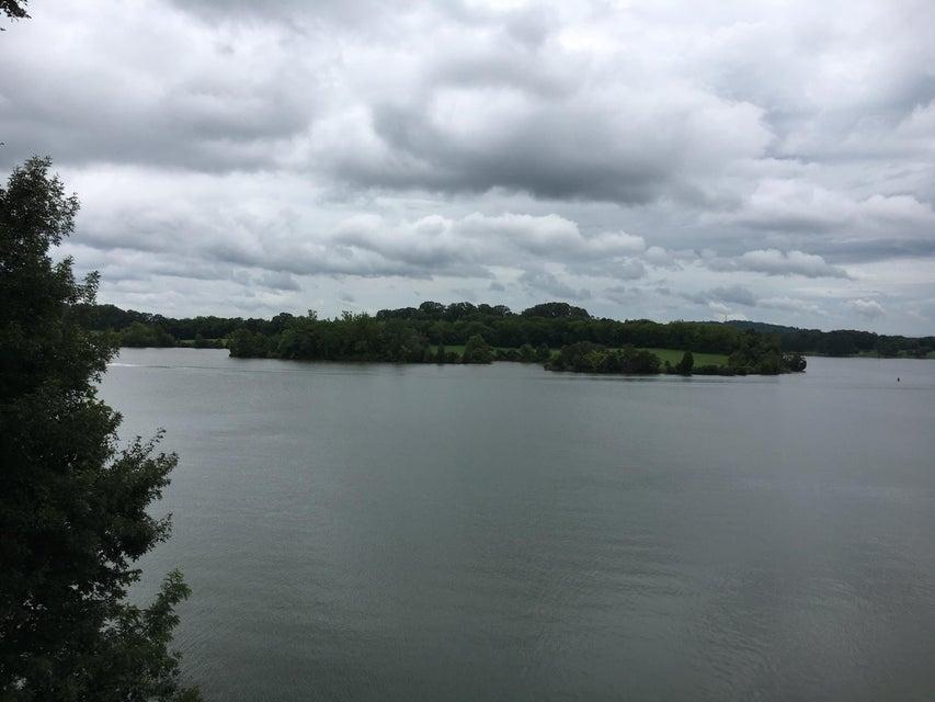 4240 Ridge Water Rd: