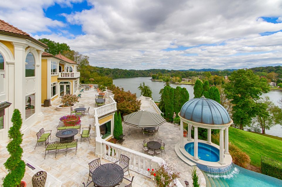 5628 Lyons View Pike: