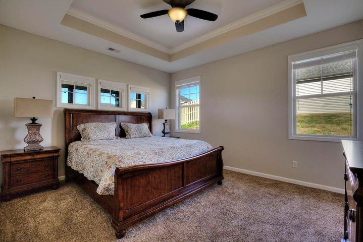 1207 Beaumont Ave Ave Preview Image 2