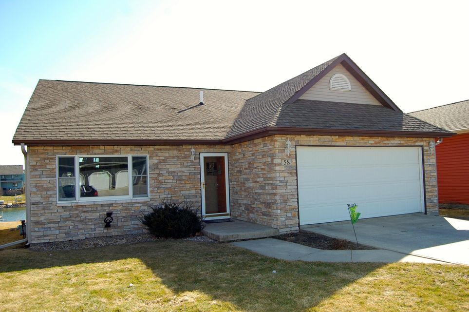 58 Hill Dr Milford, IA 51351