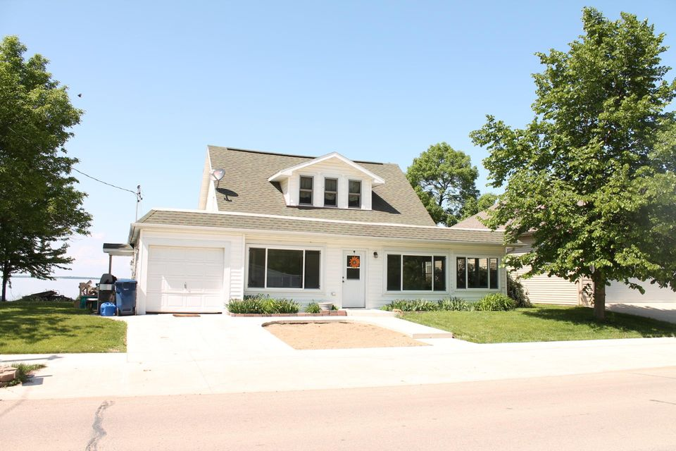24610 140th St Orleans, IA 51360