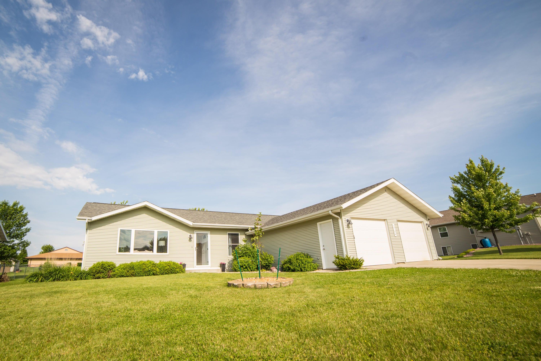 MLS # 16-766 - Spirit Lake, IA Homes for Sale