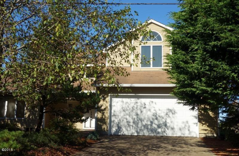 3645 Evergreen Ave, Depoe Bay, OR 97341 - Ocean View Custom Home