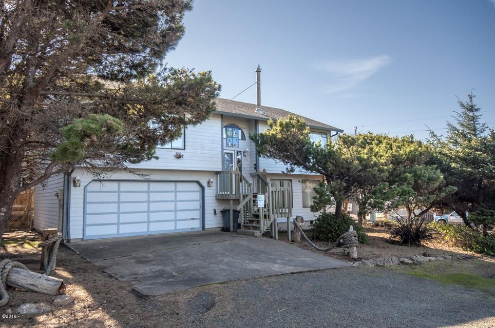 1850 NE 56th Dr, Lincoln City, OR 97367 - Curbside
