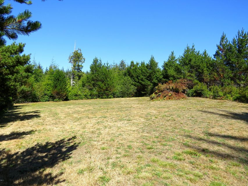 2100 SW Newton Dr, Waldport, OR 97394 - Building Site