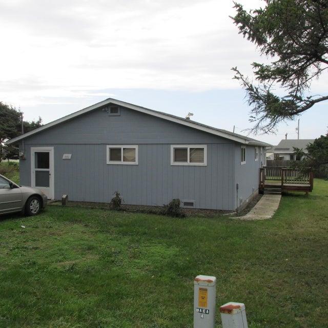 915 Driftwood Ln, Yachats, OR 97498 - Carroll  Exterior