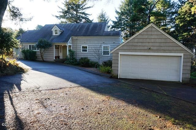 1841 NW 39th Street, Lincoln City, OR 97367 - Exterior