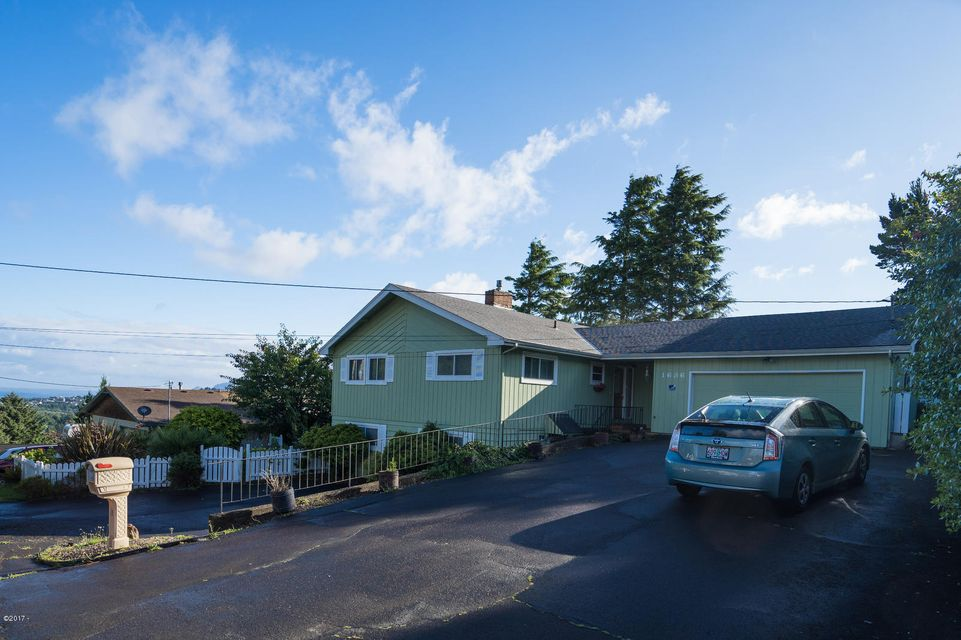1636 SE Oar, Lincoln City, OR 97367 - Ocean / Lake Views