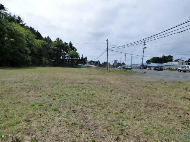 2510 NE Hwy 101, Lincoln City, OR 97367 - 194 ft of Hwy 101 frontage