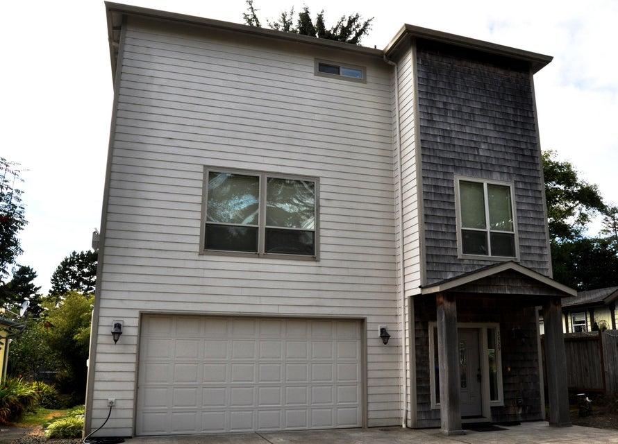 3429 NW Oar Avenue, Lincoln City, OR 97367 - The Oar House