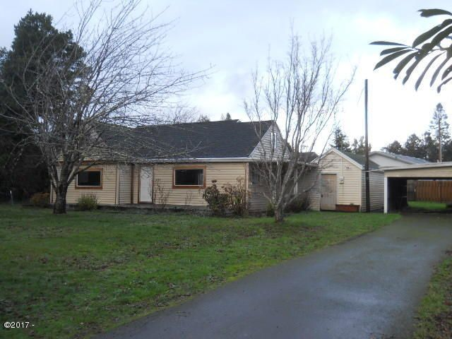 459 SE Gibson Rd, Waldport, OR 97394 - Front