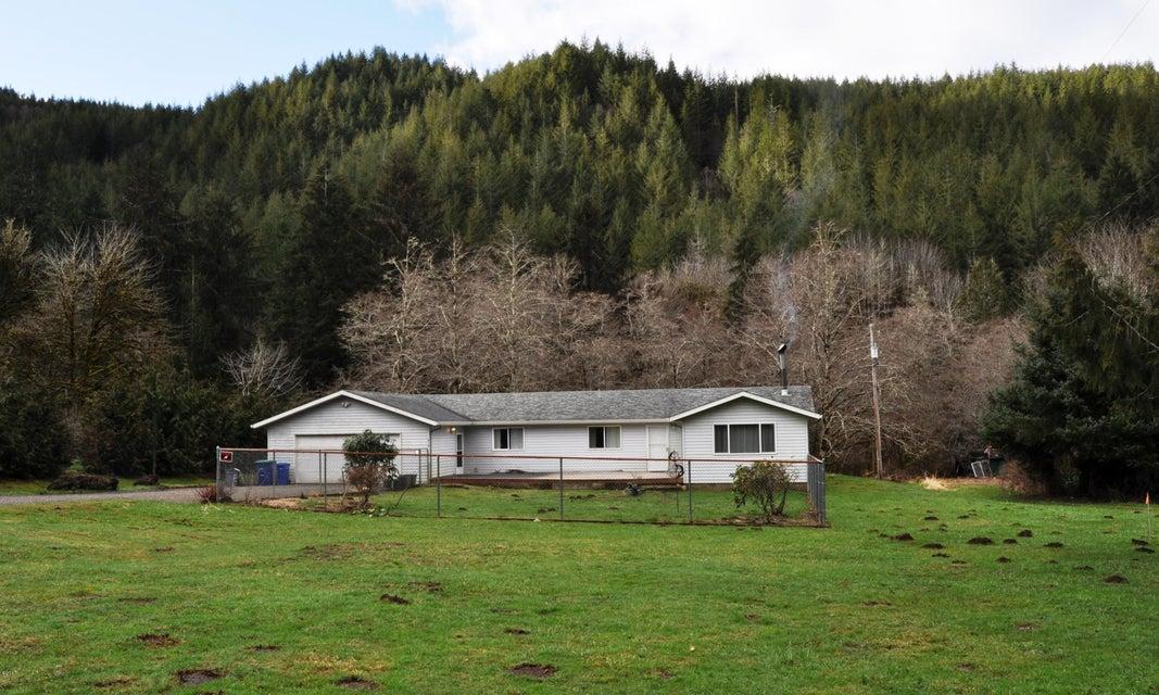 914 N Slick Rock Creek Rd, Otis, OR 97368 - Ranch House on Slick Rock Creek