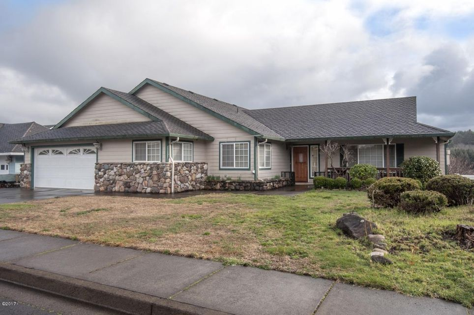2520 NE Voyage Loop, Lincoln City, OR 97367 - Exterior - View 2 (1280x850)