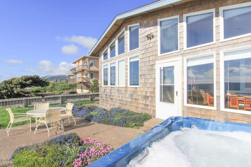 5141 NW Jetty, Lincoln City, OR 97367