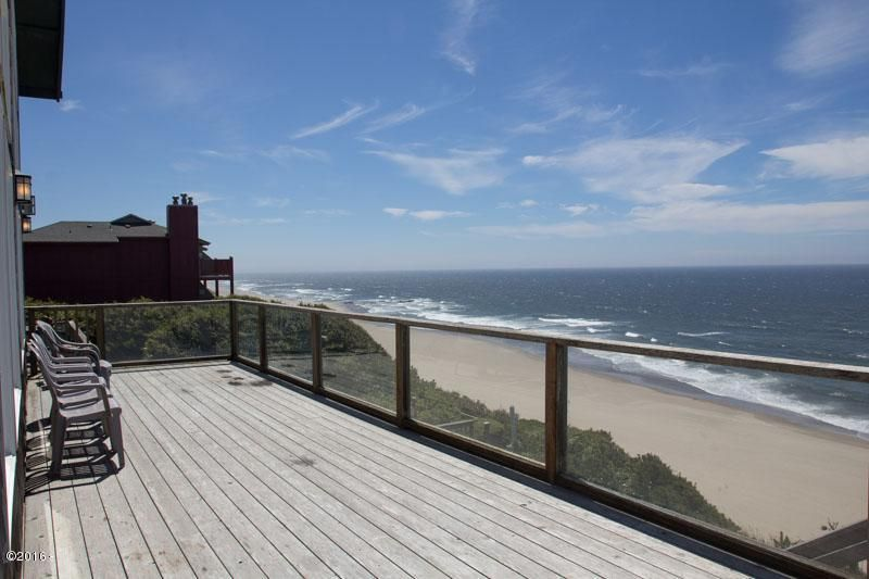 2157 NW Inlet Ave., Lincoln City, OR 97367 - Ocean Front Deck