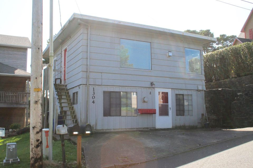 1304 NW 19th St, Lincoln City, OR 97367 - Front of Home