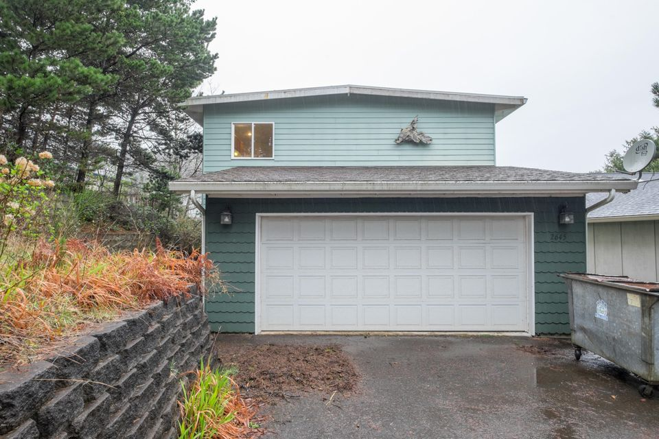 2645 NW Mast Ave, Lincoln City, OR 97367 - 2645 NW Mast Ave (full res)-23