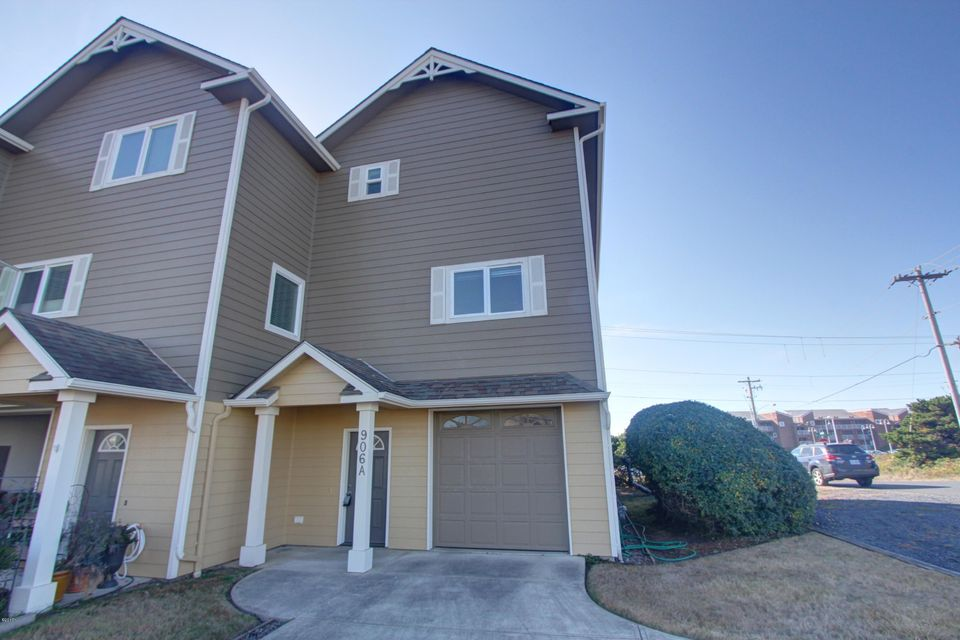906 SW 7th St, Newport, OR 97365 - Townhosue