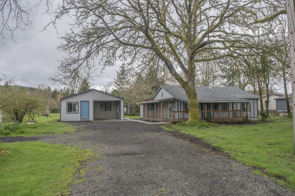 666 SW Ferry Ave, Siletz, OR 97380 - Front of Home