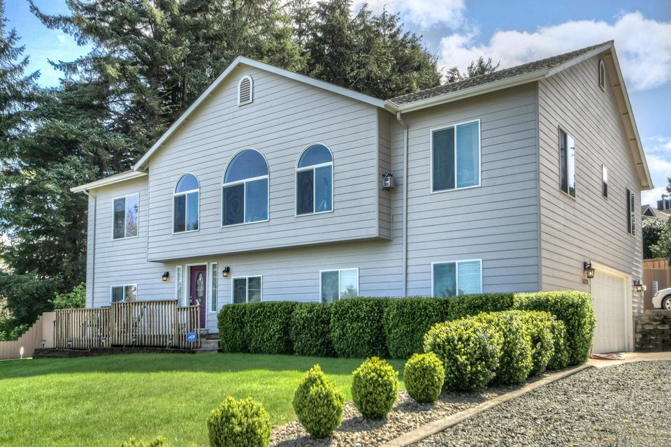 1420 SE Oar Ave., Lincoln City, OR 97367 - Front Of Home