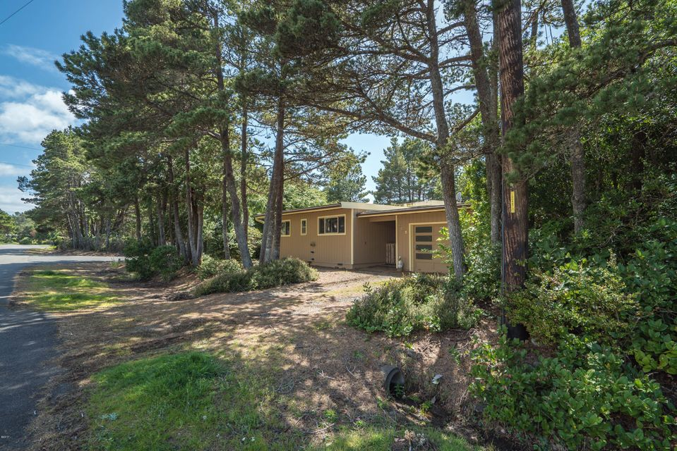 5745 Hacienda Ave, Lincoln City, OR 97367 - Home from street