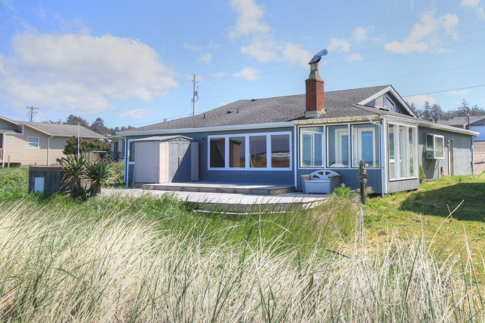 2710 NW Oceania Dr, Waldport, OR 97394 - Exterior Rear 1