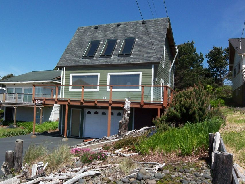 3734 NW Keel Ave, Lincoln City, OR 97367 - Front