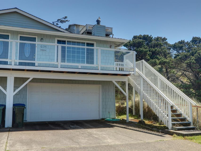 635 SW Elizabeth St, Newport, OR 97365 - 635 Side