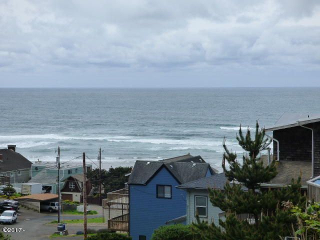 1935 NE 71st St, Lincoln City, OR 97367 - From Lot