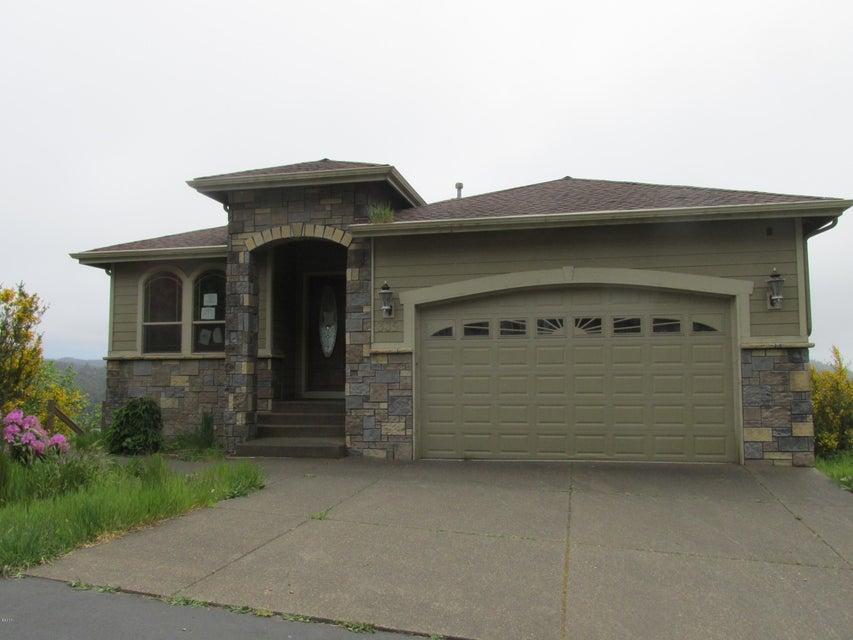 335 NE Spring, Depoe Bay, OR 97341 - Front of house