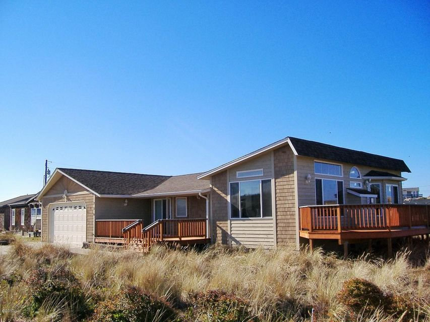 206 NW Alsea Bay Dr, Waldport, OR 97394 - Front