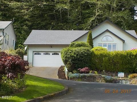 1905 NE Tide Ave, Lincoln City, OR 97367 - NEW ROOF