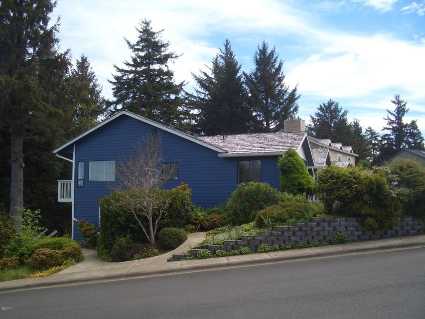1098 NE 7th Dr, Newport, OR 97365 - WELCOME HOME