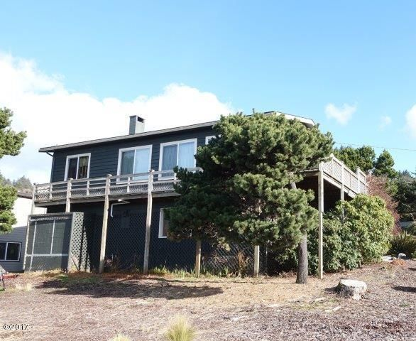 1929 NE 63rd St, Lincoln City, OR 97367 - Ocean view vacation rental in Roads End