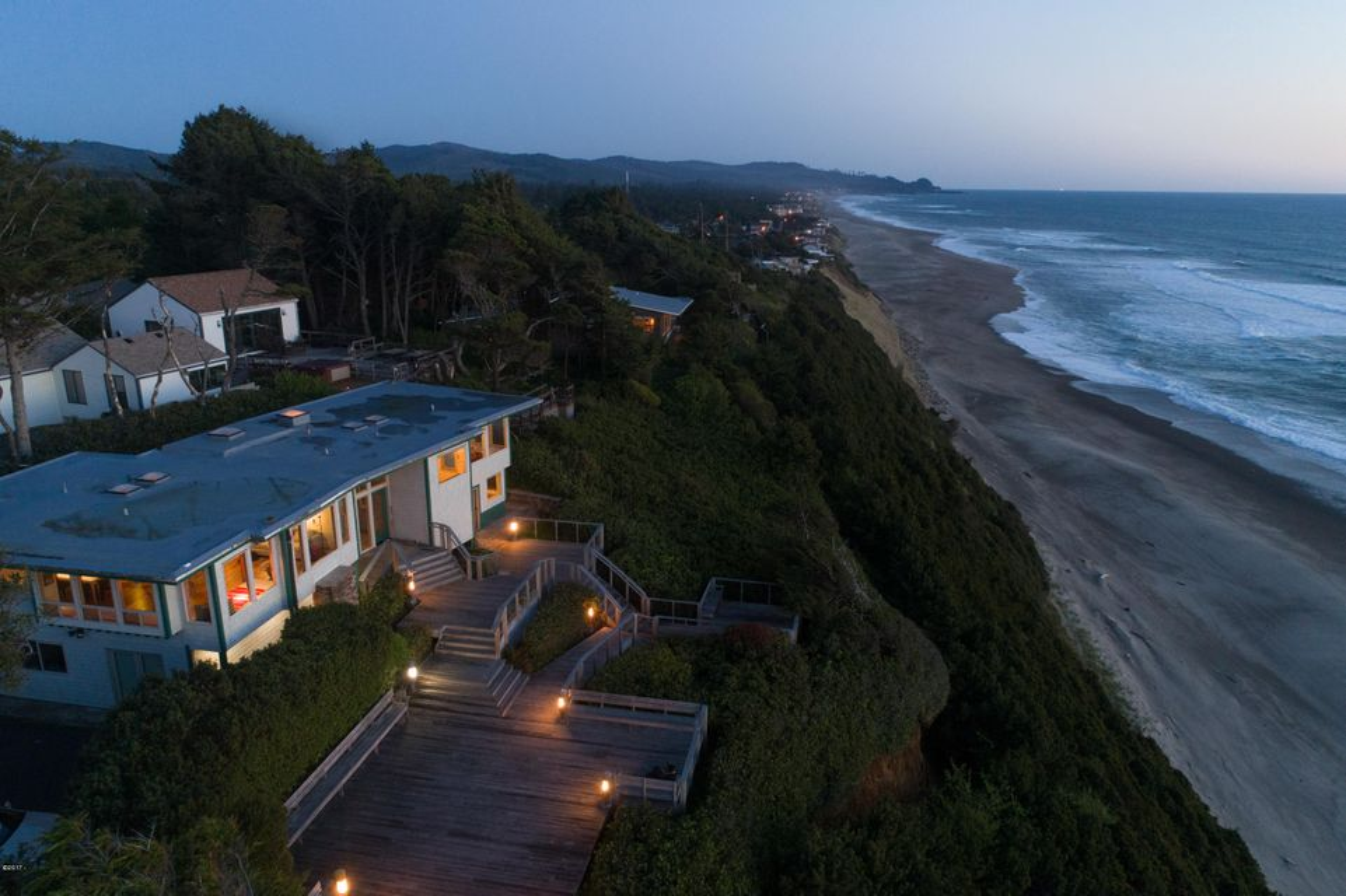 15 Ocean Crest, Gleneden Beach, OR 97388 - Looking South West