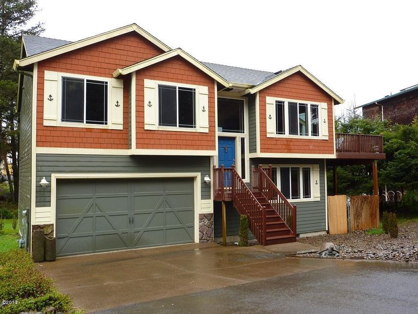 6277 NE Oar Drive, Lincoln City, OR 97367 - Front home
