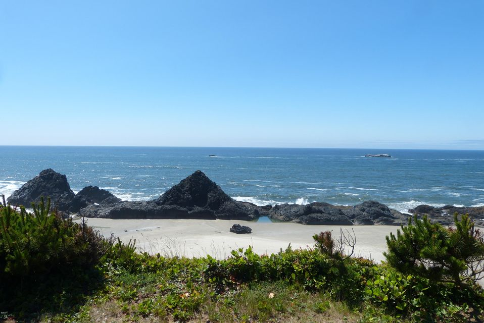10298 NW US-101, Seal Rock, OR 97376 - Looking west