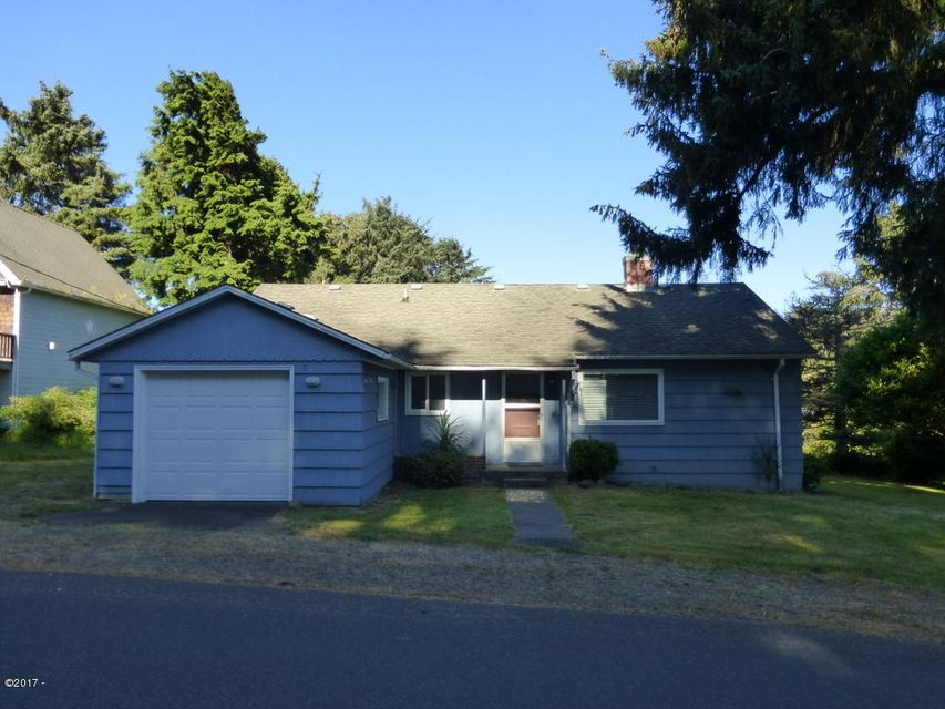 3893 NW Port Ave, Lincoln City, OR 97367 - Front