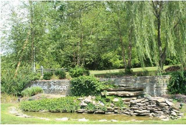 Additional photo for property listing at 61 Indian Springs Trc  Shelbyville, Kentucky 40065 United States