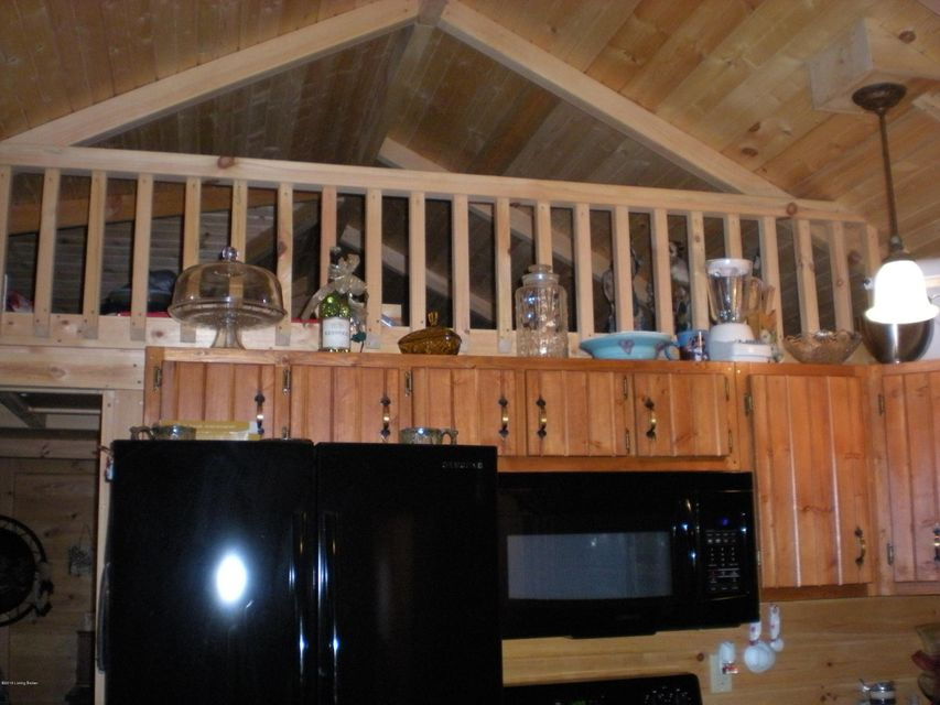 Additional photo for property listing at 100 Little Cabin Lane  Falls Of Rough, Kentucky 40119 United States