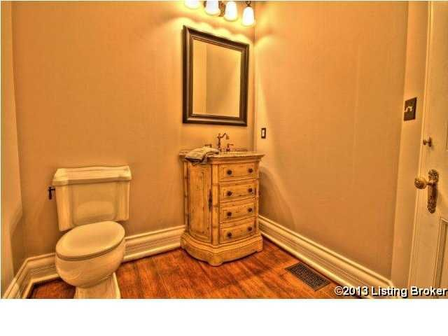 Additional photo for property listing at 104 Wooldridge Place  Pewee Valley, Kentucky 40056 United States