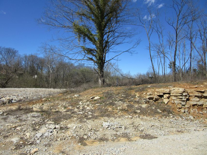 Additional photo for property listing at N Preston  Shepherdsville, Kentucky 40165 United States