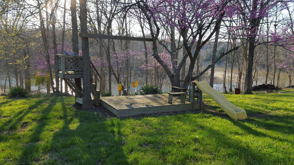 Additional photo for property listing at 1081 Mercer Bend Road  Leitchfield, Kentucky 42754 United States