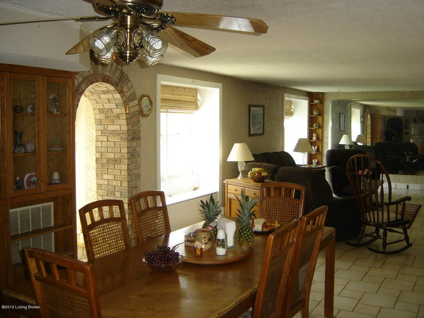 Additional photo for property listing at 3812 Valley Wood Court  Pendleton, Kentucky 40055 United States