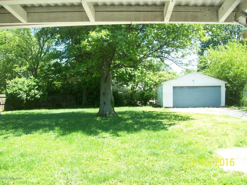 Additional photo for property listing at 109 Parkview Avenue  Bardstown, Kentucky 40004 United States